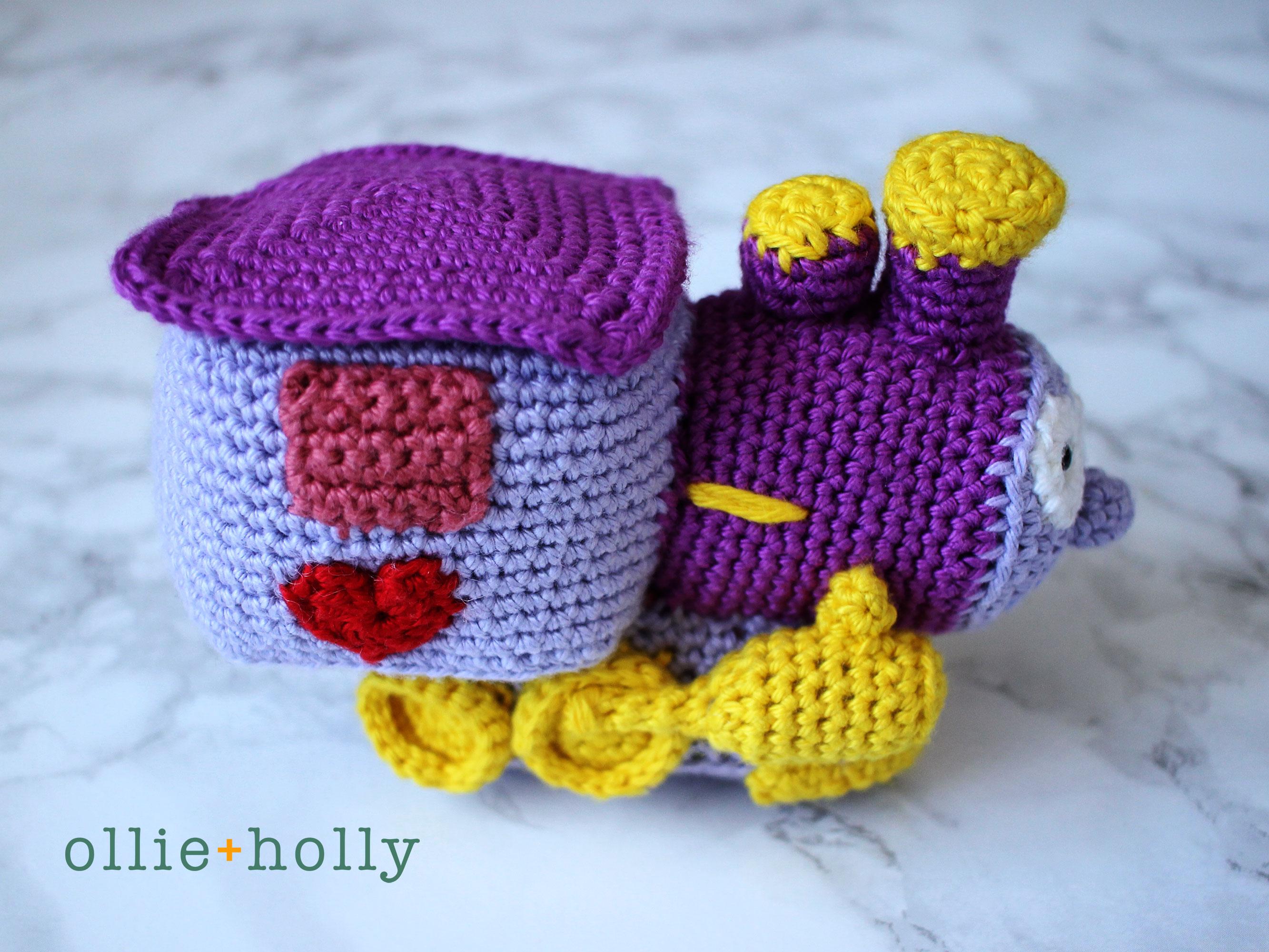 The Simpsons I Choo Choo Choose You Amigurumi Crochet Pattern Side View