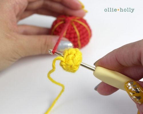 Free Chinese Lantern Ornament Amigurumi Crochet Pattern Step 7