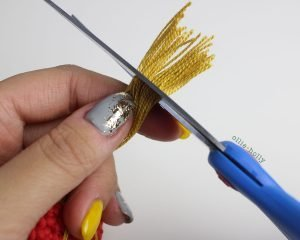 Free Chinese Lantern Ornament Amigurumi Crochet Pattern Step 10