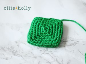 Free Toronto Green Bin Amigurumi Crochet Pattern Step 3