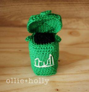 Free Toronto Green Bin Amigurumi Crochet Pattern Complete Lid Open