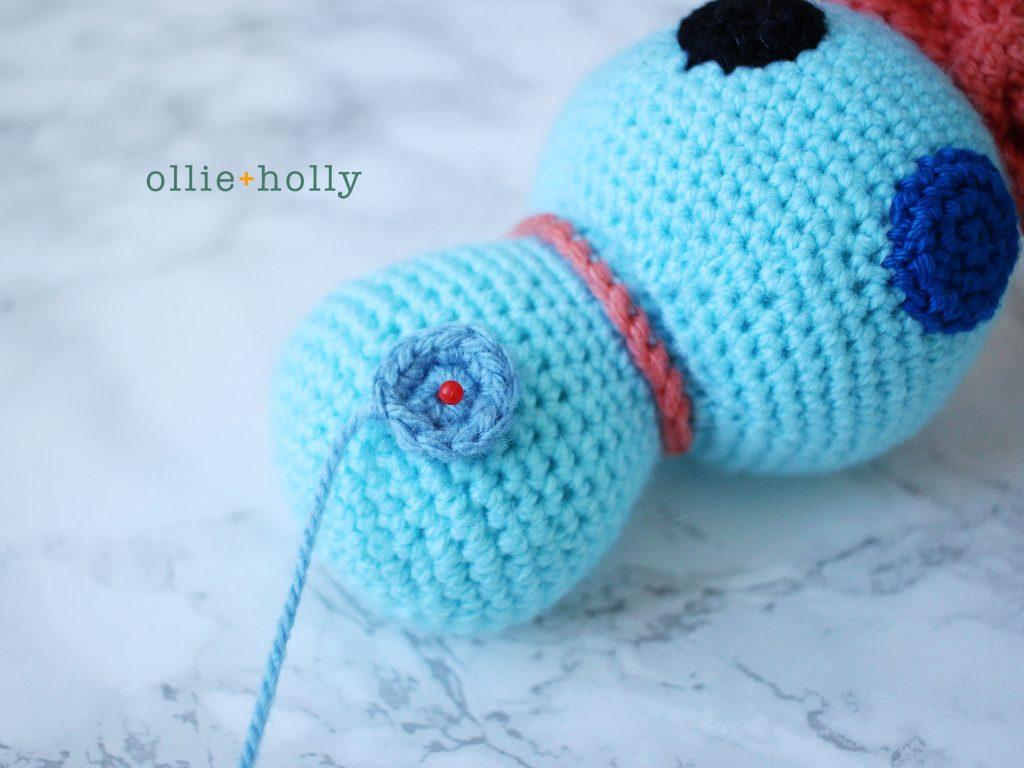 Free Disney Scrump Doll Amigurumi Crochet Pattern (Lilo & Stitch) Step 17