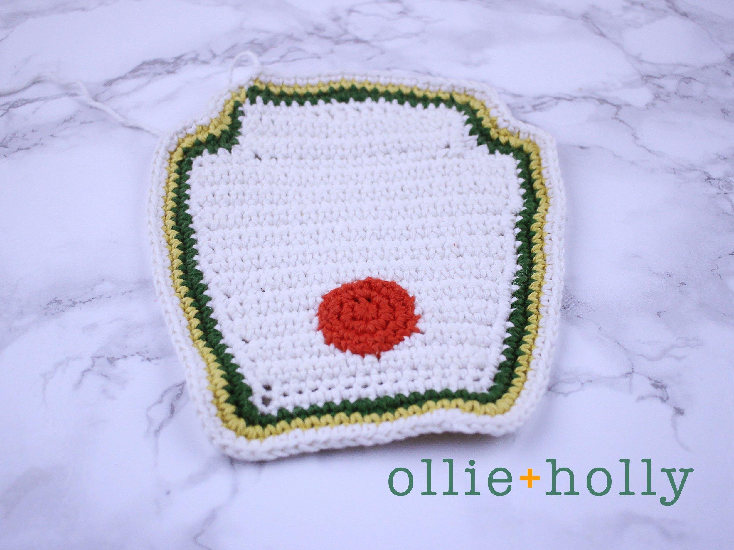 Free Ketchup Bottle Pillow Amigurumi Crochet Pattern Step 9