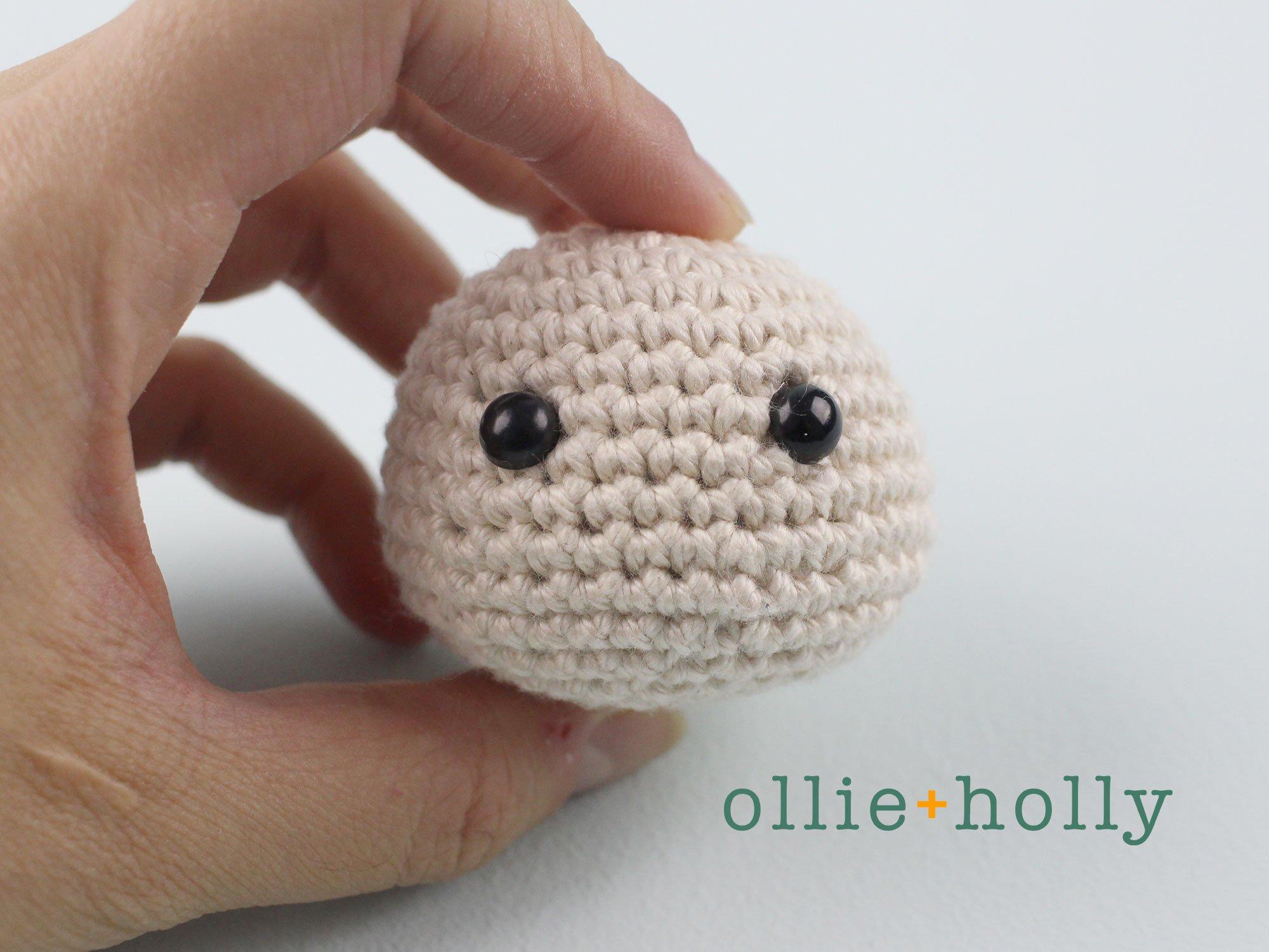 Free Maneki Neko Lucky Cat Amigurumi Crochet Pattern Step 1
