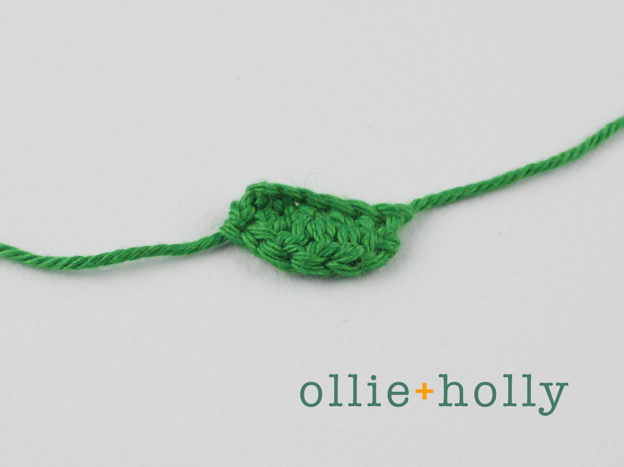 Free Maneki Neko Lucky Cat Amigurumi Crochet Pattern Step 10