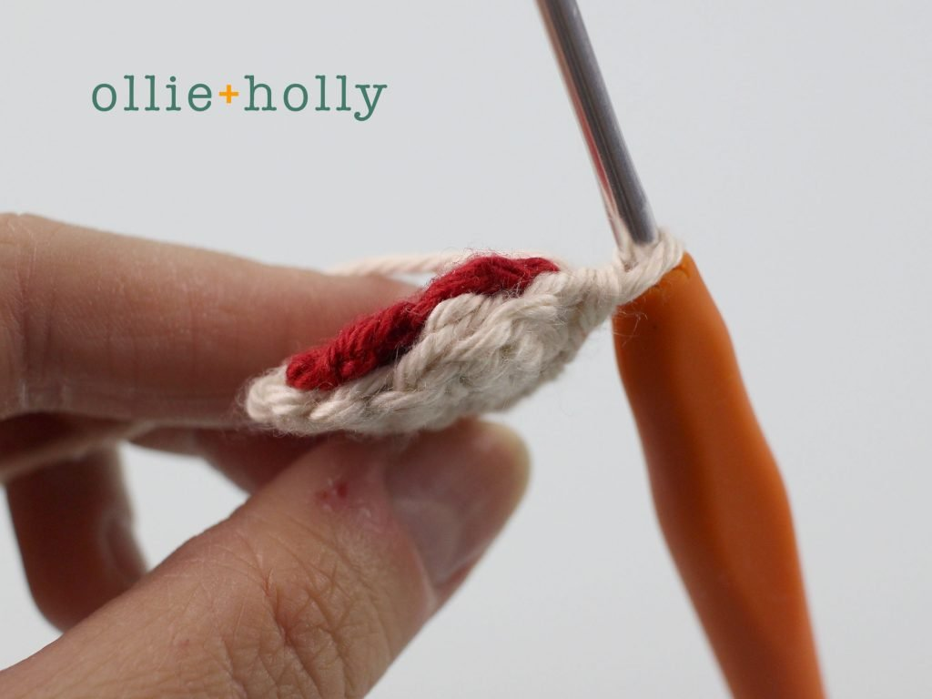Free Maneki Neko Lucky Cat Amigurumi Crochet Pattern Step 6