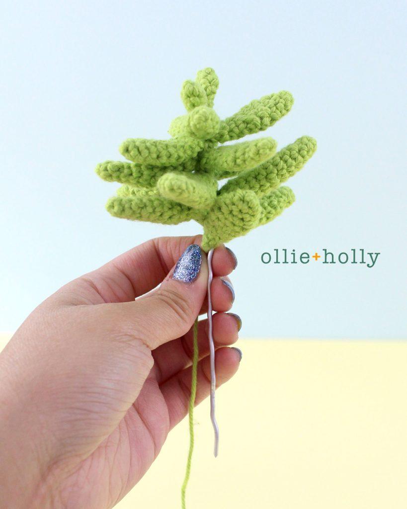 Free Sedum Adolphii Succulents (Golden Glow) Amigurumi Crochet Pattern Step 10