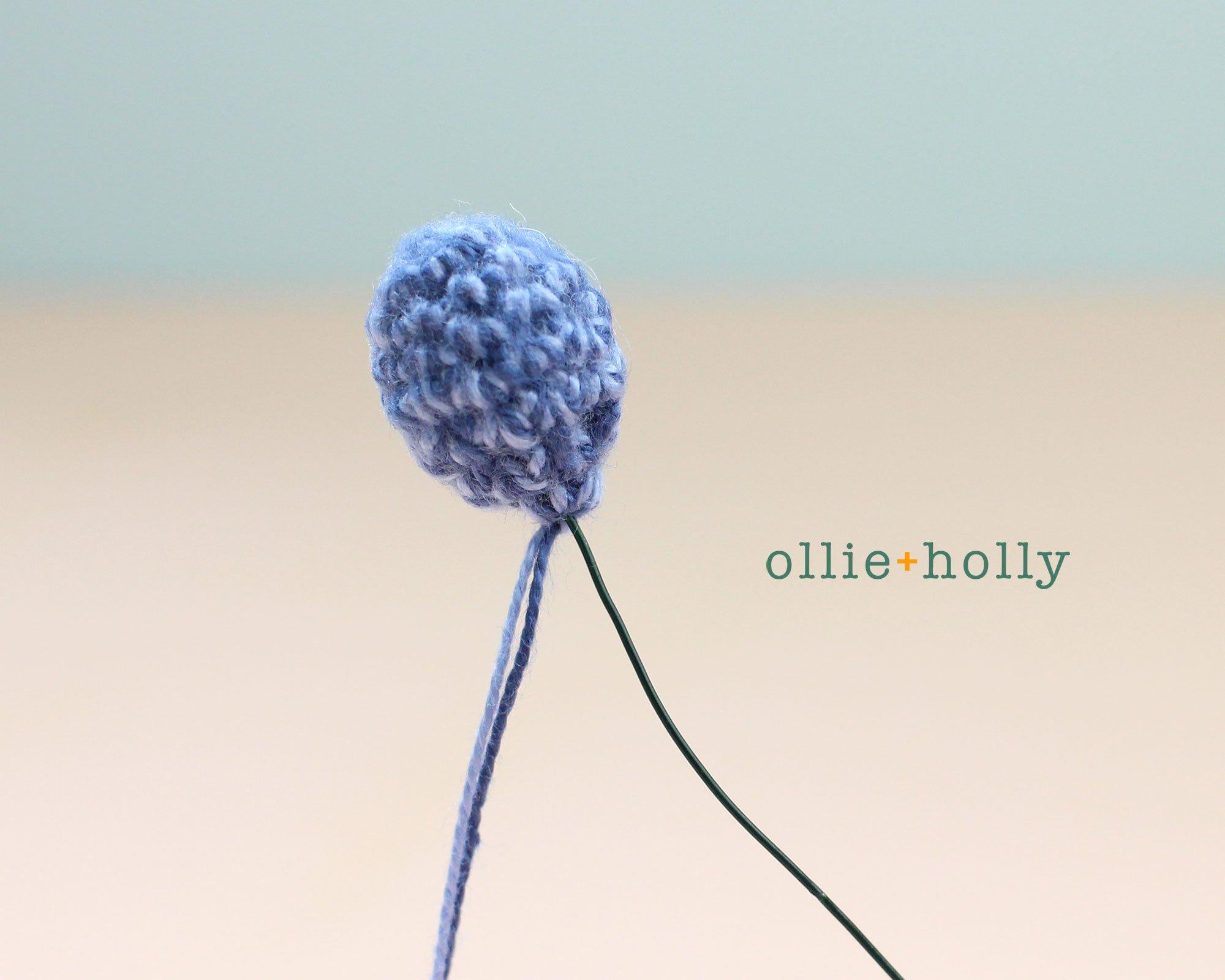 Free Blue Thistle Flowers Crochet Pattern Step 4