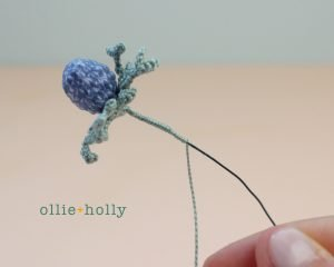 Free Blue Thistle Flowers Crochet Pattern Step 17