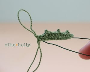 Free Blue Thistle Flowers Crochet Pattern Step 15