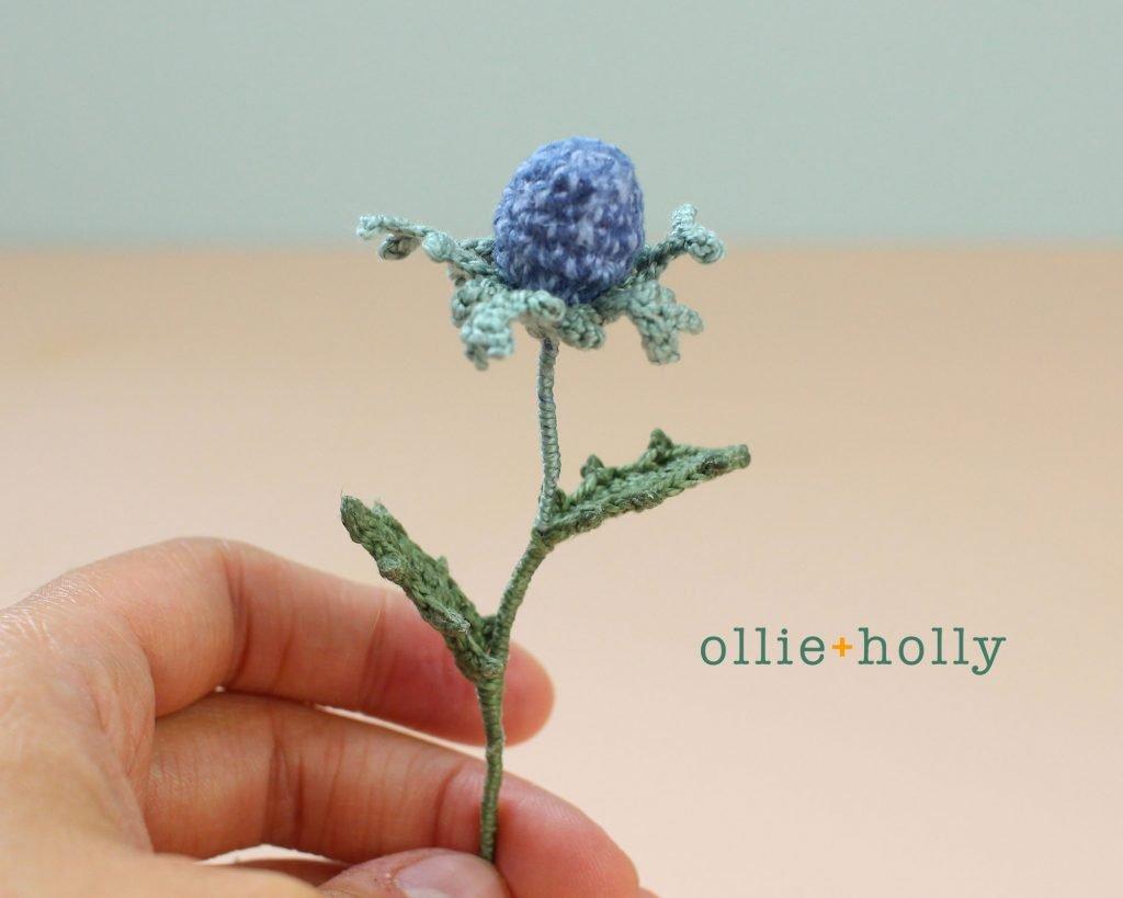 Free Blue Thistle Flowers Crochet Pattern Complete