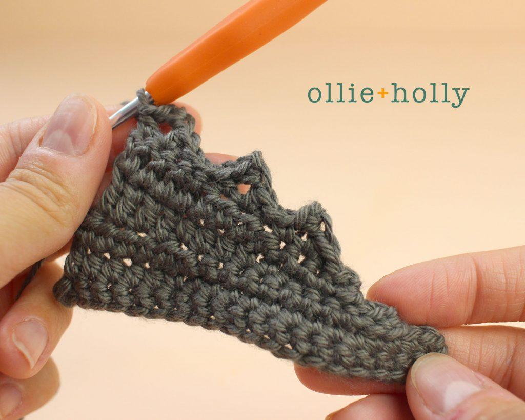 Free Halloween Bat Ornament Amigurumi Crochet Pattern Step 7