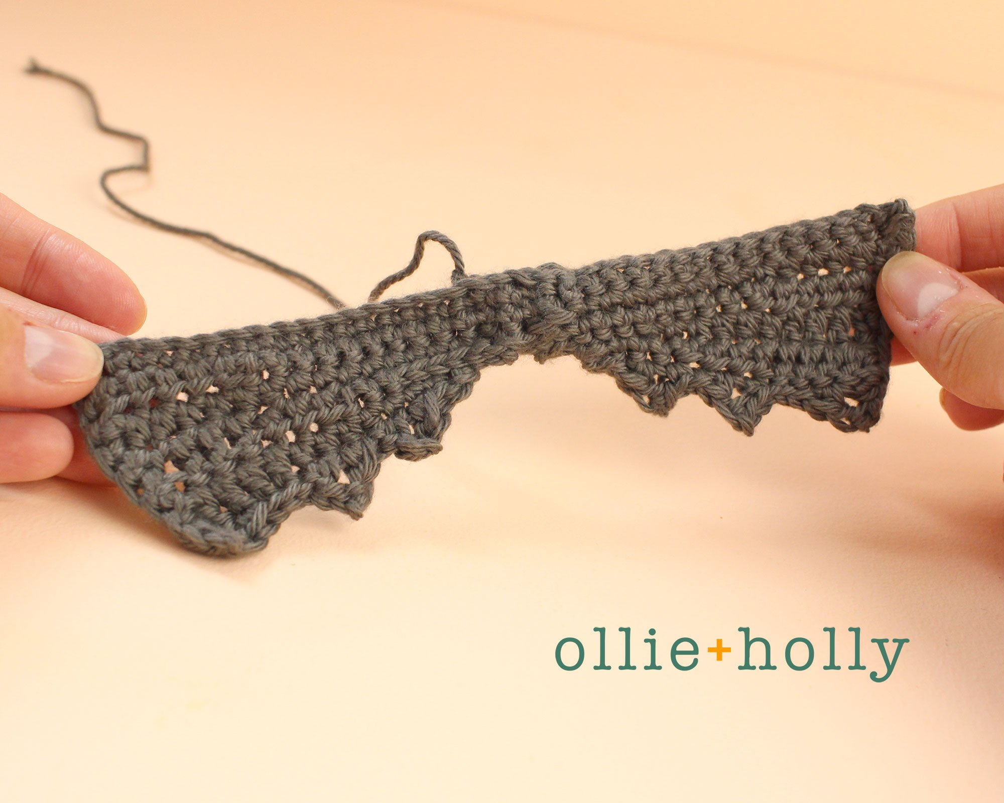 Free Halloween Bat Ornament Amigurumi Crochet Pattern Step 9