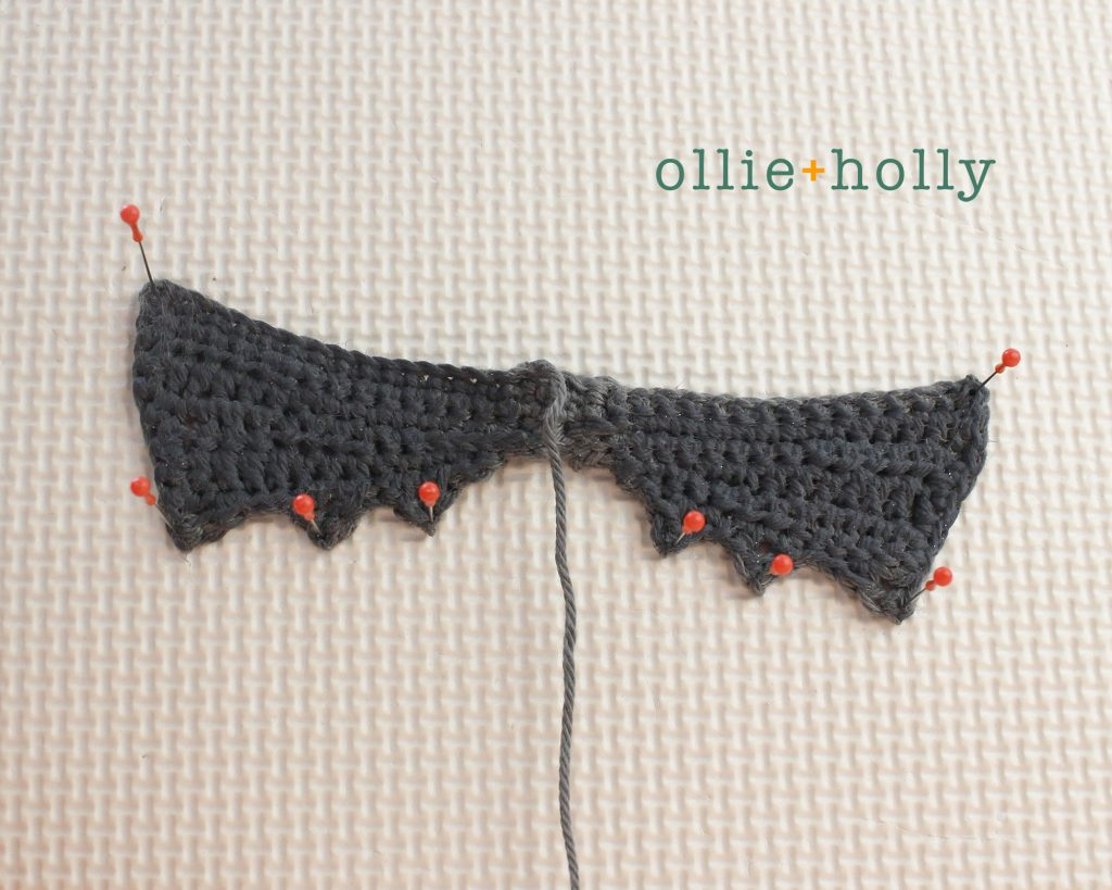 Free Halloween Bat Ornament Amigurumi Crochet Pattern Step 11