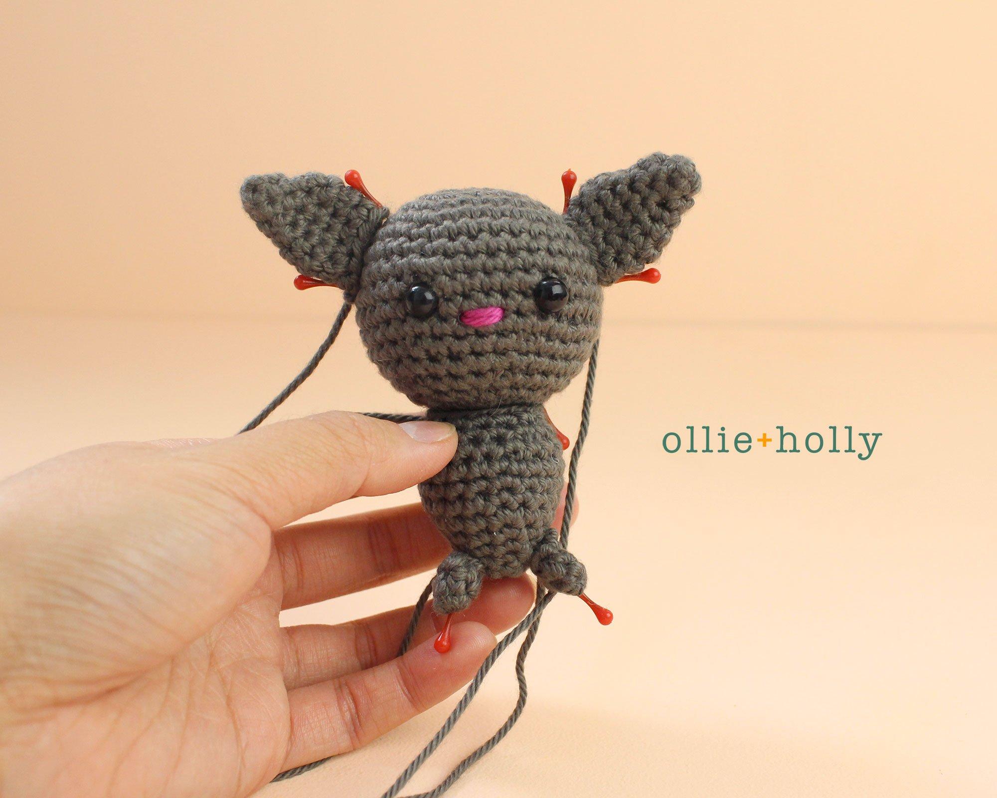 Free Halloween Bat Ornament Amigurumi Crochet Pattern Step 12