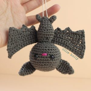 Bat Amigurumi Crochet Ornament (Pattern Only)