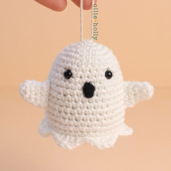 Ghost Amigurumi Crochet Ornament (Pattern Only)