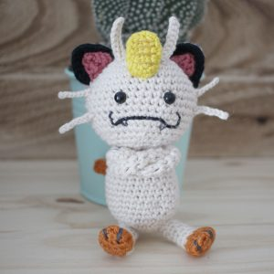 Meowth Pokemon Amigurumi Crochet (Pattern Only)