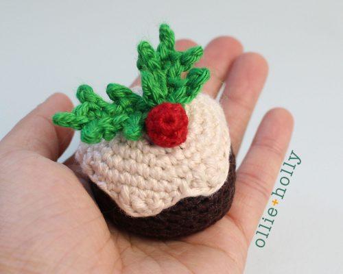 Free Christmas Pudding Ornament Amigurumi Crochet Pattern Complete Close Up