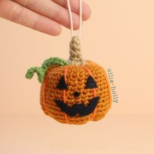 Jack-o'-Lantern Pumpkin Amigurumi Crochet Ornament (Pattern Only)