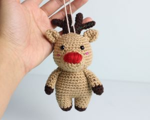 Free Rudolph Reindeer Amigurumi Christmas Ornament Crochet Pattern Finished