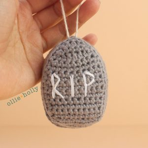 Tombstone Amigurumi Crochet Ornament (Pattern Only)