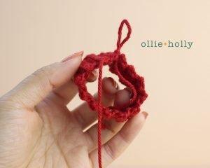 The Rescuers Bernard Mouse Free Amigurumi Crochet Pattern Sweater Step 4