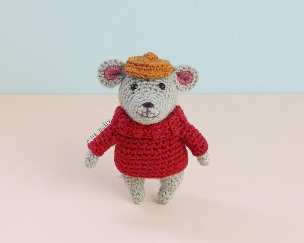 The Rescuers Bernard Mouse Free Amigurumi Crochet Pattern Finished