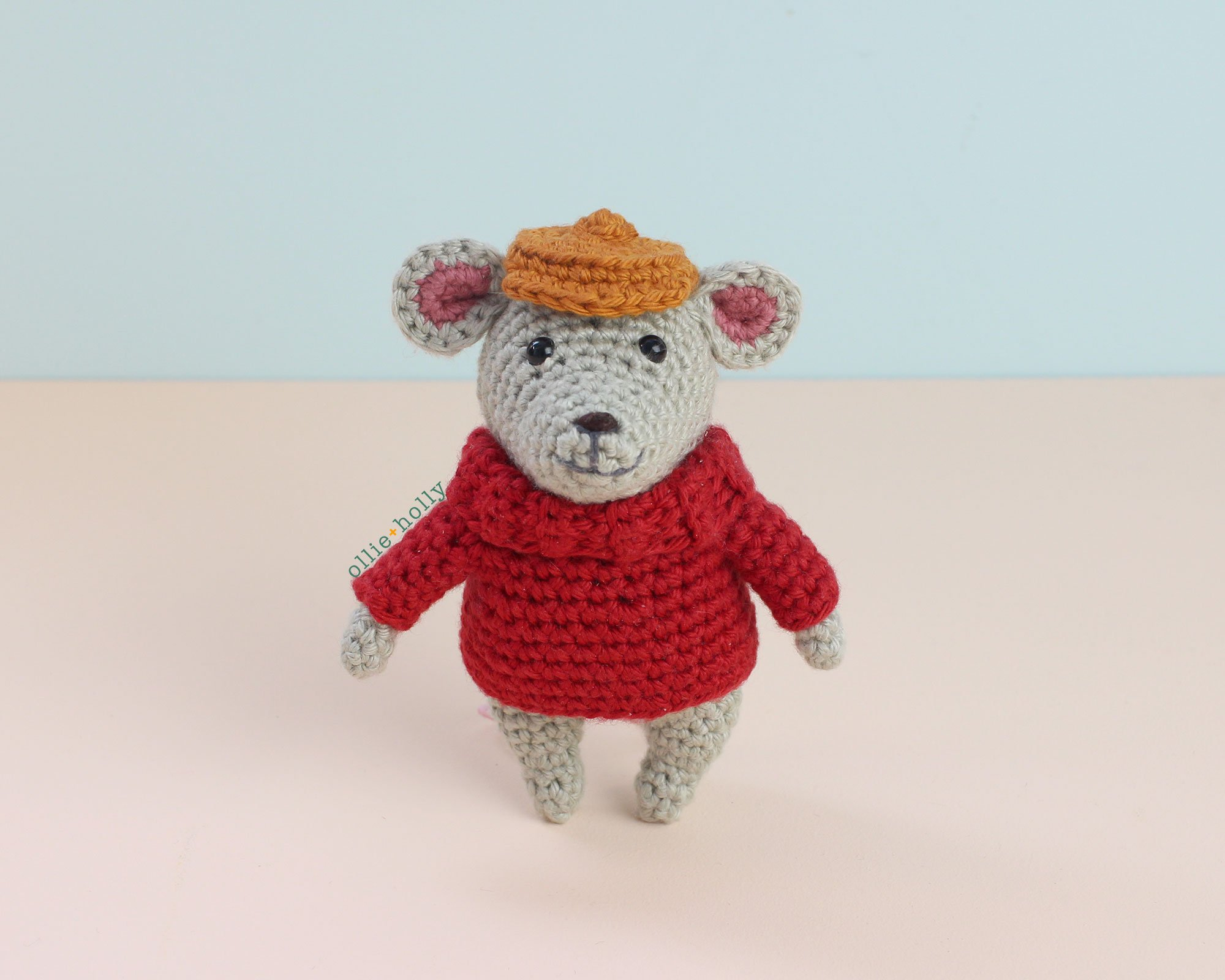 The Rescuers Bernard Mouse Free Amigurumi Crochet Pattern Finished