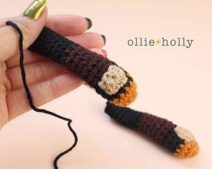 Free Mandalorian Din Djarin Amigurumi Crochet Pattern Assembly Step 2