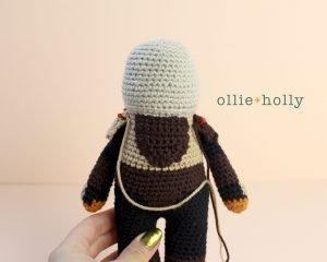 Free Mandalorian Din Djarin Amigurumi Crochet Pattern Assembly Step 5