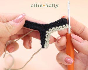 Free Mandalorian Din Djarin Amigurumi Crochet Pattern Helmet Visor Step 5