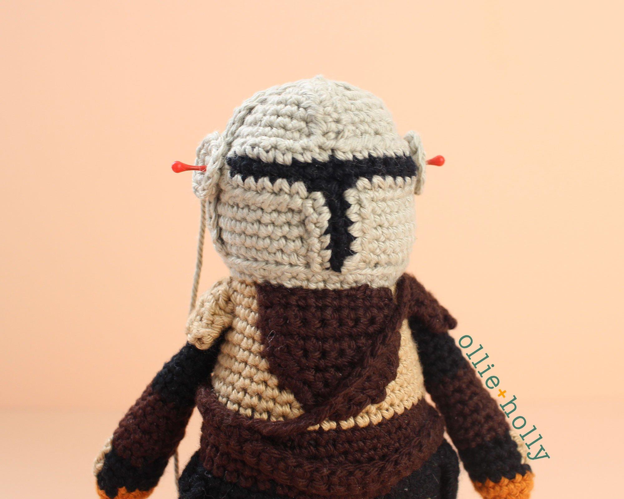 Free Mandalorian Din Djarin Amigurumi Crochet Pattern Assembly Step 12
