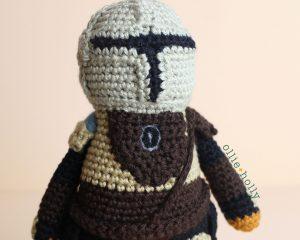 Free Mandalorian Din Djarin Amigurumi Crochet Pattern Assembly Step 16