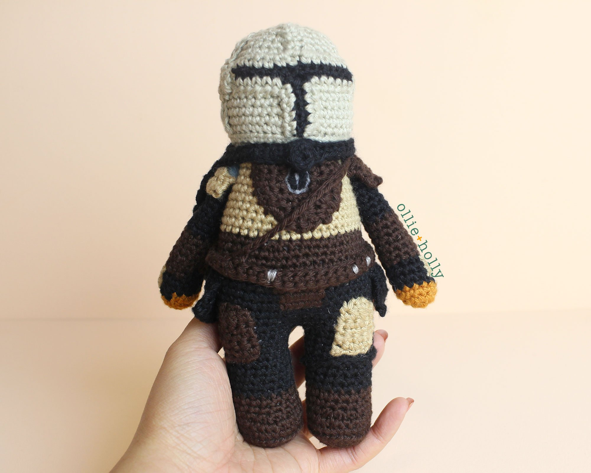 Free Mandalorian Din Djarin Amigurumi Crochet Pattern Assembly Complete