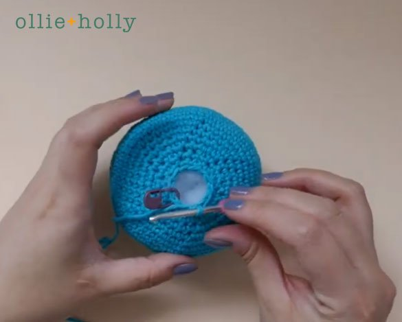 How To Close and Finish Off Amigurumi Hole Step 1