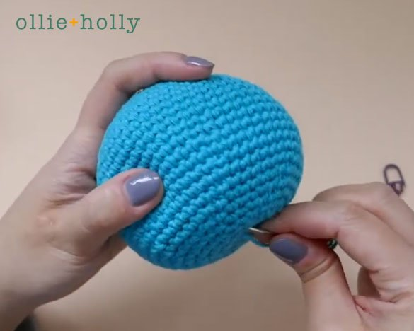 How To Close and Finish Off Amigurumi Hole Step 13
