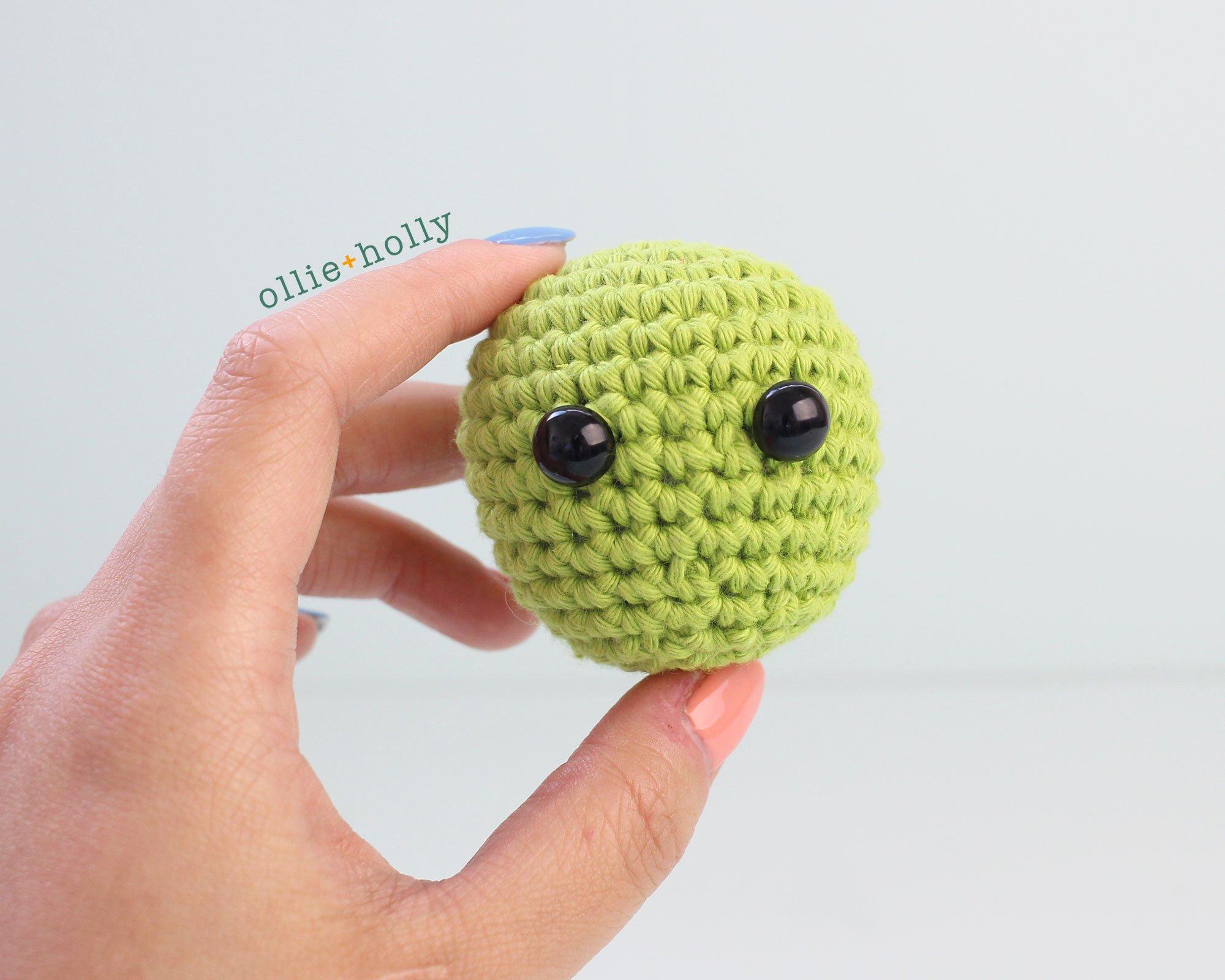 Free Allen The Space Alien Amigurumi Crochet Pattern Head