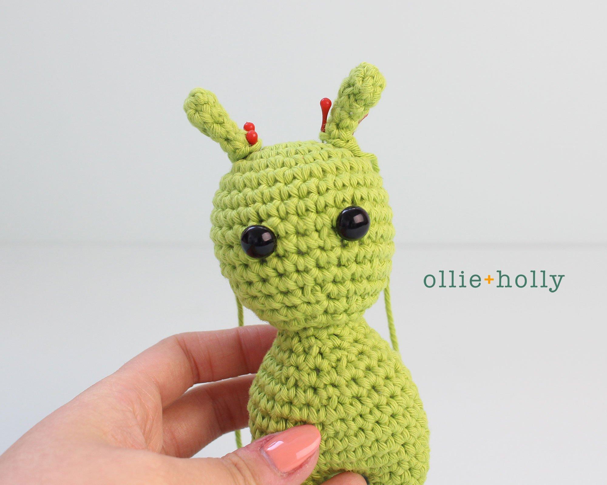 Free Allen The Space Alien Amigurumi Crochet Pattern Step 3