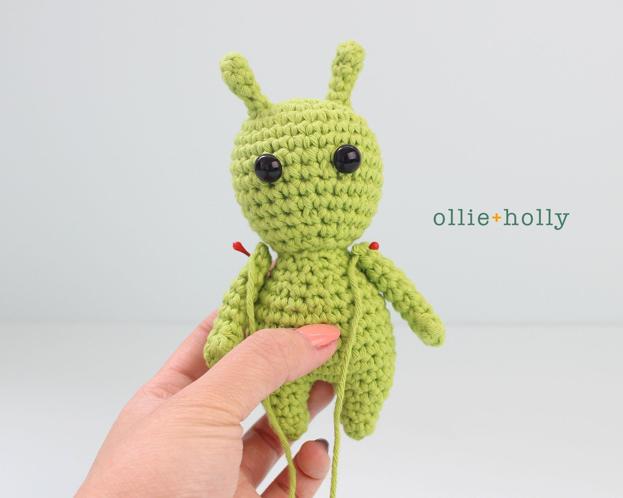 Free Allen The Space Alien Amigurumi Crochet Pattern Step 6