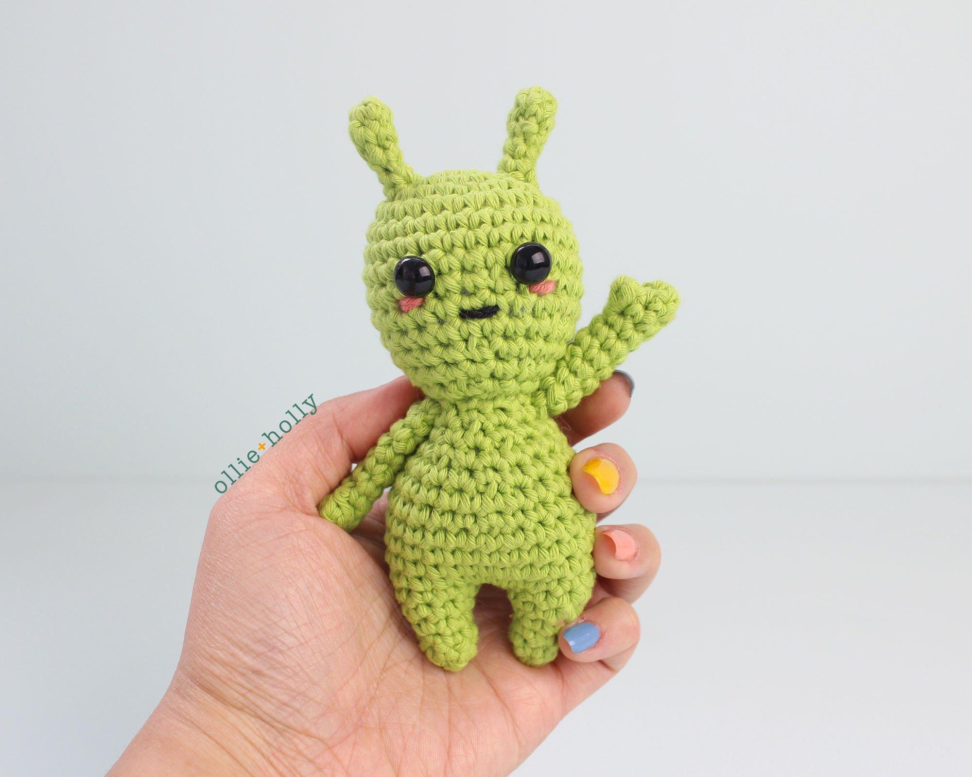 Free Allen The Space Alien Amigurumi Crochet Pattern Step 7