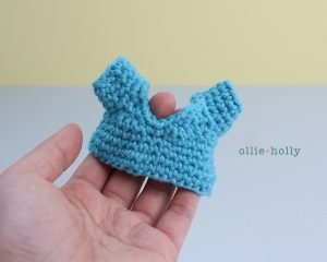 Free Nurse Cat Stuffed Animal Amigurumi Crochet Pattern Step 8