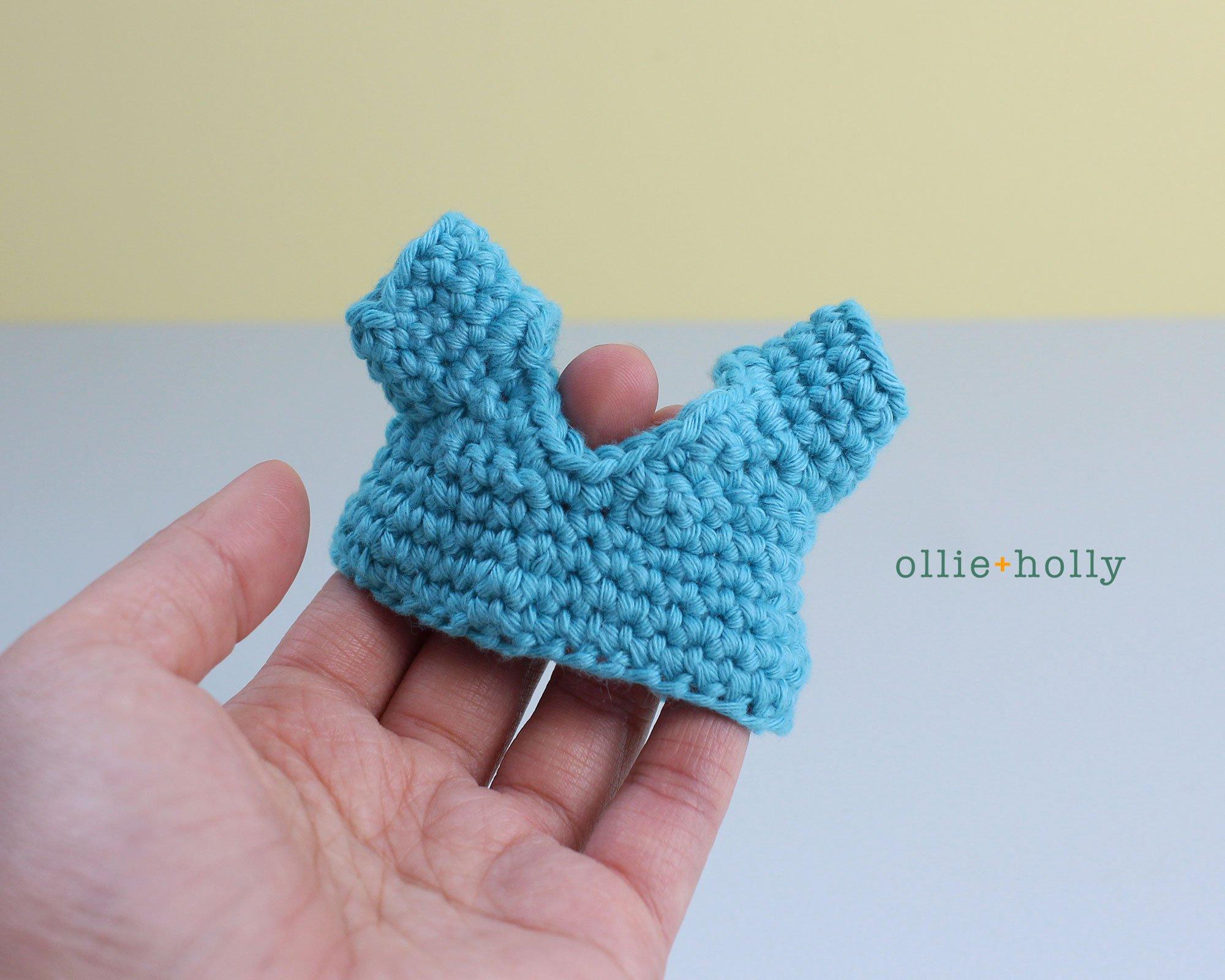 Free Nurse Cat Stuffed Animal Amigurumi Crochet Pattern Step 8