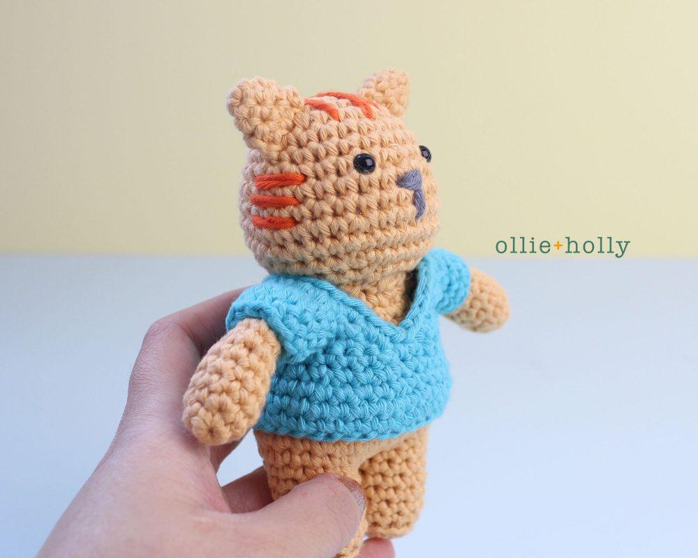 Free Nurse Cat Stuffed Animal Amigurumi Crochet Pattern Step 23