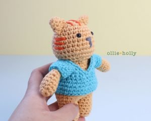 Free Nurse Cat Stuffed Animal Amigurumi Crochet Pattern Step 23