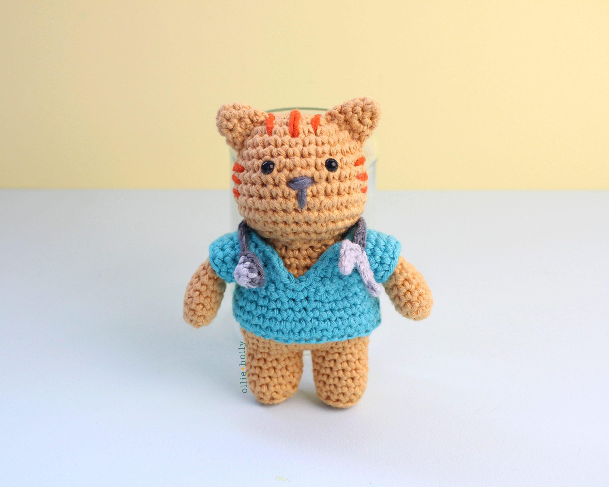 Free Nurse Cat Stuffed Animal Amigurumi Crochet Pattern Complete