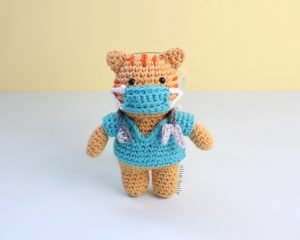 Free Nurse Cat Stuffed Animal Amigurumi Crochet Pattern Mask On