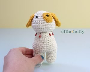 Free Postal Worker Puppy Stuffed Dog Amigurumi Crochet Pattern Step 18