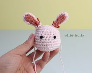 Free Grocery Clerk Bunny Stuffed Animal Amigurumi Crochet Pattern Step 8