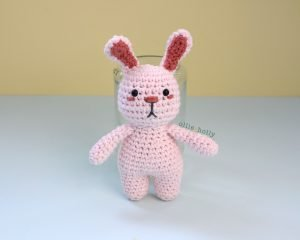 Free Grocery Clerk Bunny Stuffed Animal Amigurumi Crochet Pattern Step 11